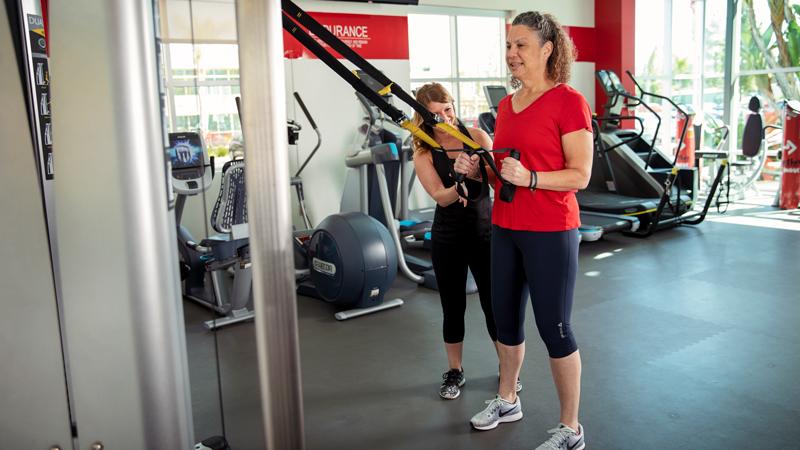 ACE Fitness   TRX Squat 1