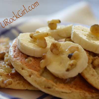 Banana Walnut Cinnamon Protein Panckes