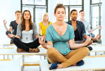 East vs. West: How to Choose the Best Yoga School for You