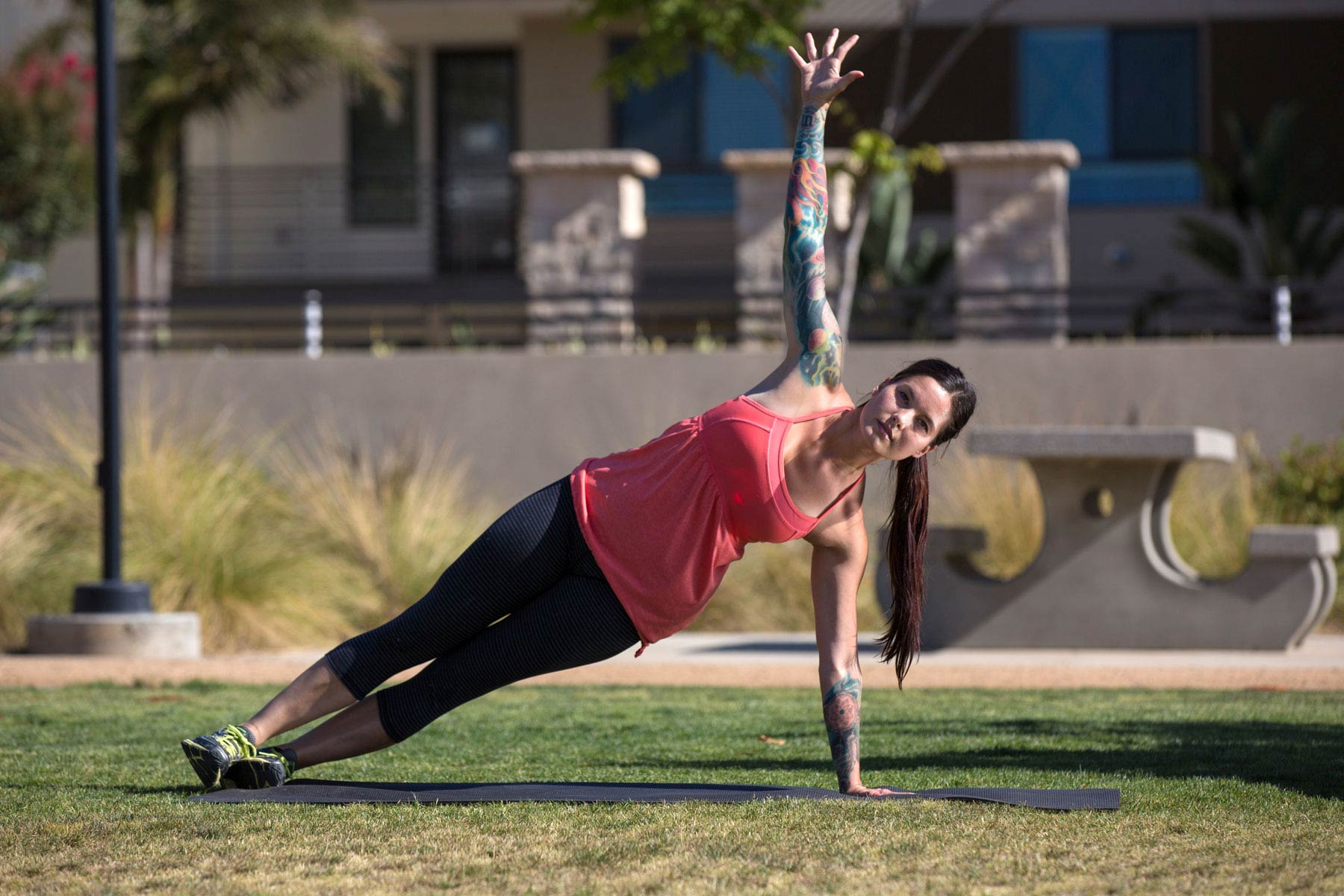6 Moves for a Stronger Core | Sabrena Jo | Expert Articles | 7/22/2014