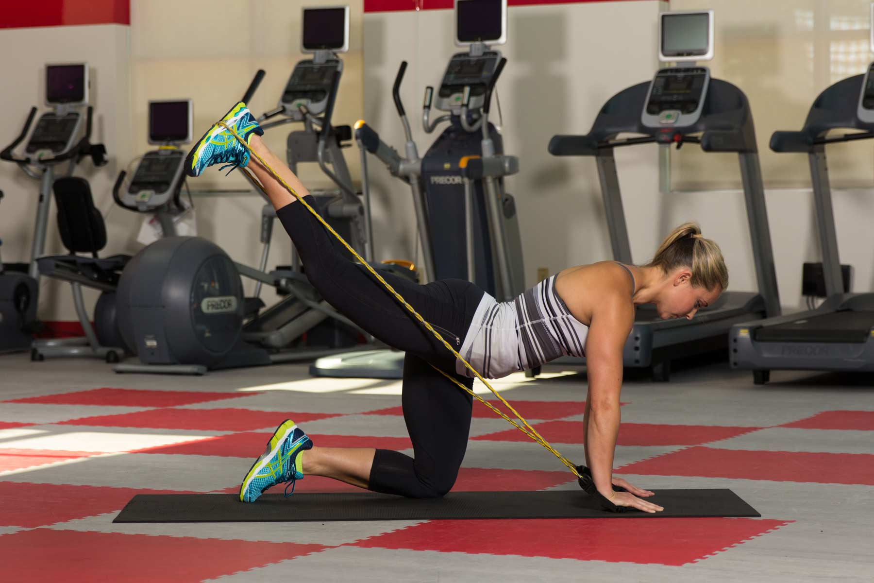 6 Moves for Stronger Glutes | Jacqueline Crockford | Expert Articles | 8/7/2014