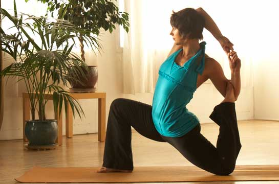 Is Yoga Hazardous Or Helpful The Biomechanics And Benefits Of Advanced Postures