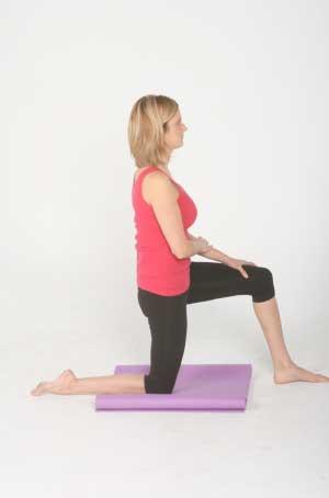 tight hip flexors bladder