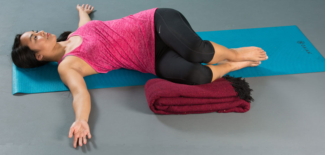 Relaxation-promoting Restorative Yoga Routine