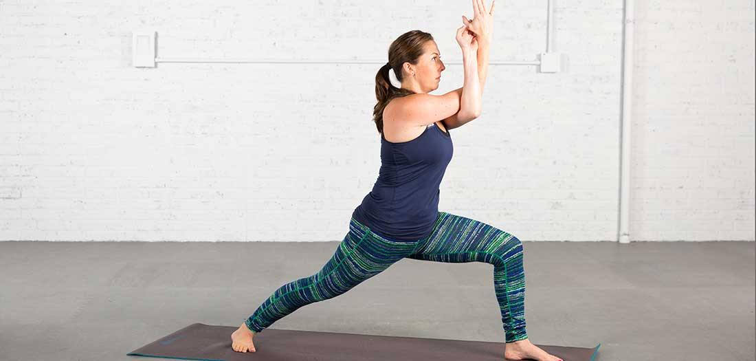 5 Yoga Poses to Strengthen the Shoulders