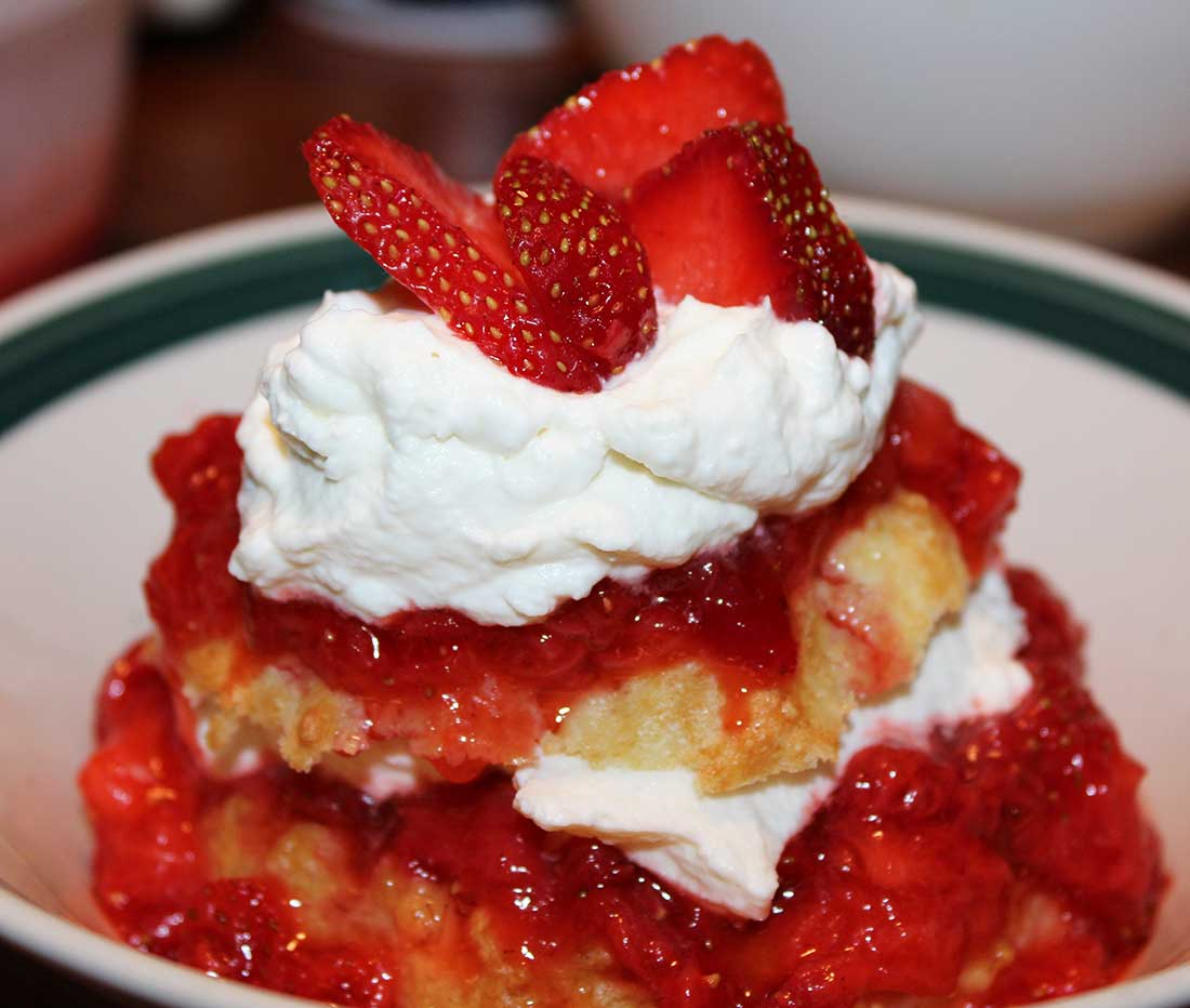 ROASTED BALSAMIC STRAWBERRY SHORTCAKES
