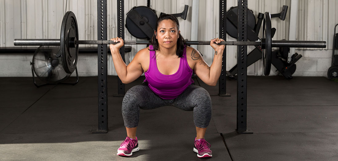Is it ever okay for your knees to extend beyond your toes while doing squats or lunges?