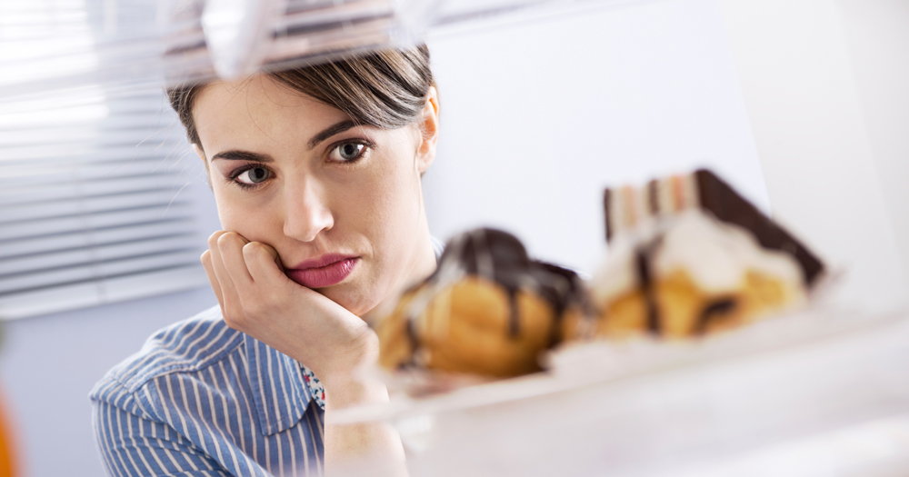 5 Signs You May Have an Unhealthy Relationship with Food