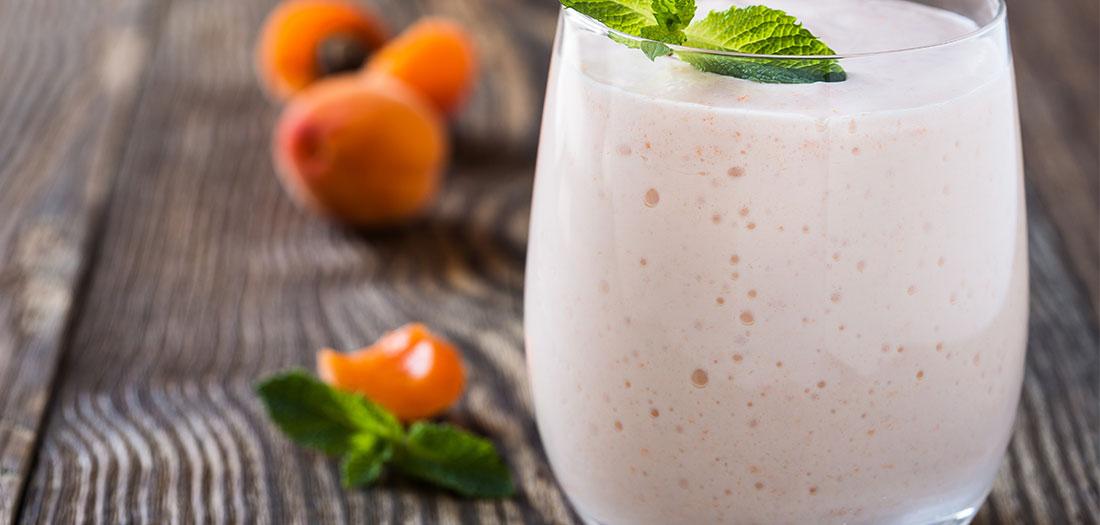 healthy apricot vanilla smoothie recipe