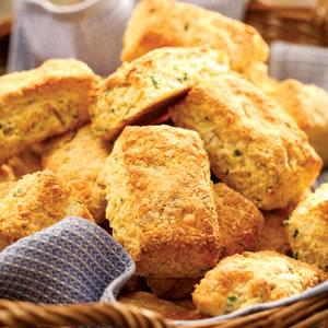 ACE Fit | Cheddar Cornmeal Biscuits with Chives