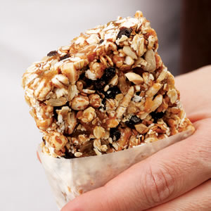 Almond-Honey Power Bar