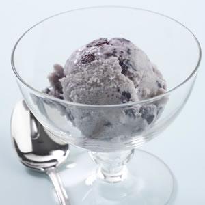 Blueberry-Cinnamon Swirl Ice Cream