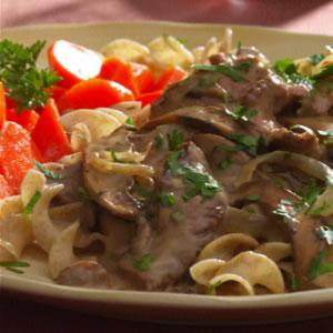 ACE Fit | Beef & Portobello Mushroom Stroganoff