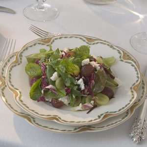 Mixed Greens with Grapes & Feta